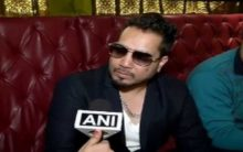 AICWA bans Mika Singh for performing in Pakistan