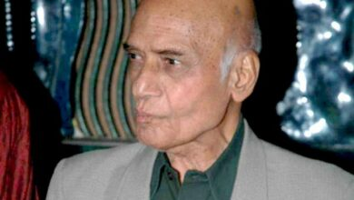 Photo of Veteran music composer Khayyam in ICU said to be critical