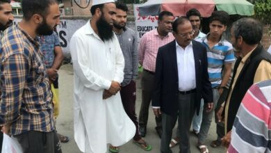 Photo of Kashmir: NSA visits Anantnag,interacts with locals over Art. 370