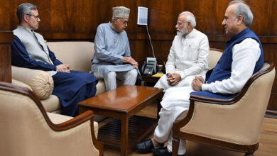 Photo of Omar Abdullah urge PM to hold elections in J&K by end
