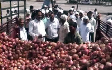 Bihar's Cooperative Society sells onions at Rs 35 per kilo