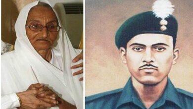 Photo of Rasoolan Bibi the widow of Indo-Pak war hero Abdul Hamid dies