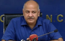Bring 'inquilab' in society with pen: Sisodia to Urdu writers