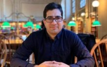 Shah Faesal detained before boarding flight to this country