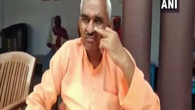 Photo of BJP MLA booked for threatening govt official in UP