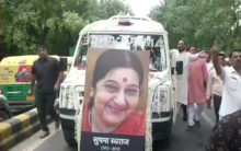 Sushma Swaraj: Teary homage to people's politician