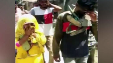 Photo of Woman, juvenile garlanded with shoes, paraded in Haryana