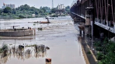Photo of Yamuna water level nears warning mark in Delhi