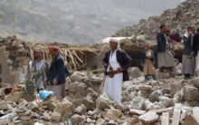Yemen separatists surround two govt camps in south