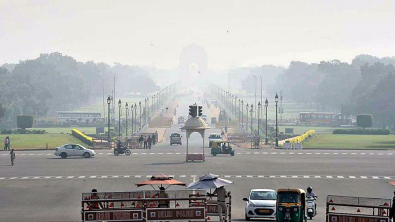 'Local pollutants push Delhi's air quality to very poor'