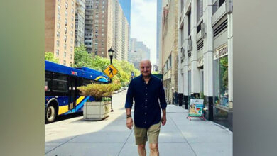 Photo of Anupam Kher shakes a leg at Jonas Brothers' concert in New York