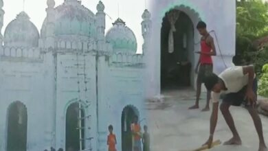 Photo of Communal harmony: Hindu locals take care of mosque