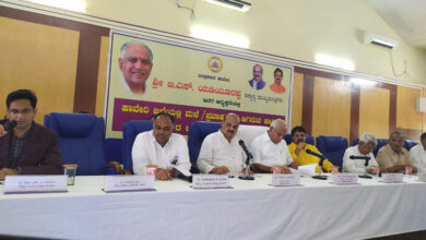 Photo of Yeddyurappa holds meeting to review flood situation in Haveri