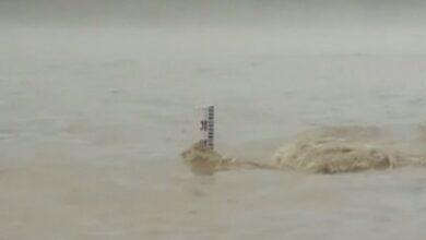Photo of U'khand: Ganga flowing close to danger mark at Rishikesh