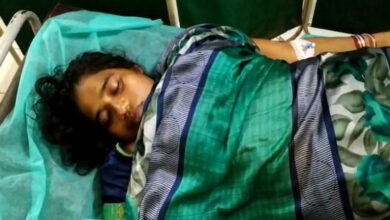 Photo of Kin of Andhra woman who dies at govt health centre stage protest