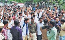 Junior doctors in Hyderabad boycotts medical practices