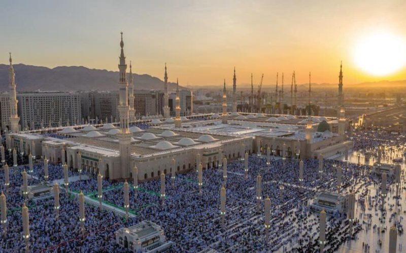 Sea of faithful performs Eid-al-Adha salaah in Madina