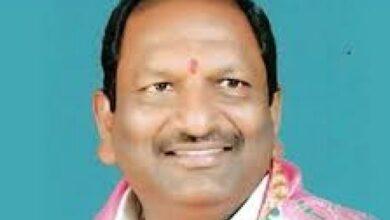 Photo of Eshwar slams Cong, BJP for false campaigning against TRS govt