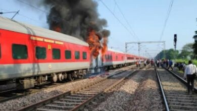 Photo of Fire breaks out in Telangana Express