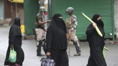 Photo of India imposes Kashmir clampdown to head off Eid protests