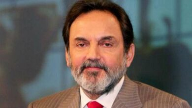 Photo of NDTVs Prannoy Roy, Radhika Roy booked by CBI