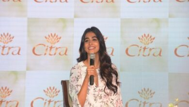 Photo of Pooja Hegde's fleeting tryst with a Hollywood icon