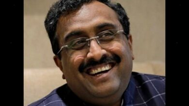 Photo of Ram Madhav shares Modi's old photo referring to Article 370