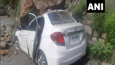 Photo of Boulders hit unoccupied car after landslide in Shimla