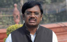 Vivek Says KCR Betrayed Harish