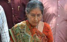 Modi's wife offers puja at Kalyaneshwari temple