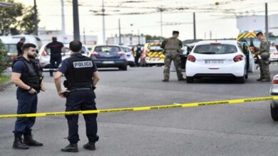Photo of One dead, eight wounded in French knife attack