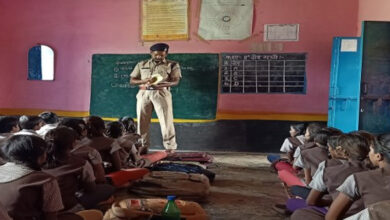 Photo of Meet SHO Thakur: MP cop-teacher-a man with a plan