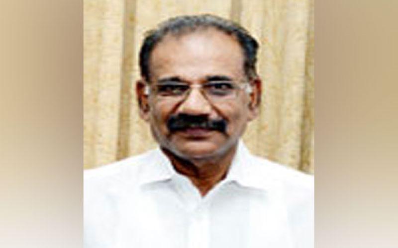 Kerala: Transport Minister Saseendran writes to Gadkari over hefty traffic fines