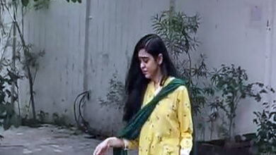 Photo of Tej Pratap Yadav's wife rushes out of in-laws residence in tears