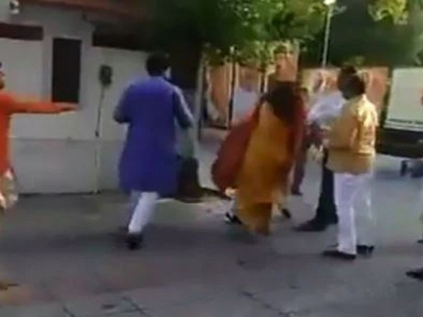 Delhi: BJP chief removed from post for slapping wife at office