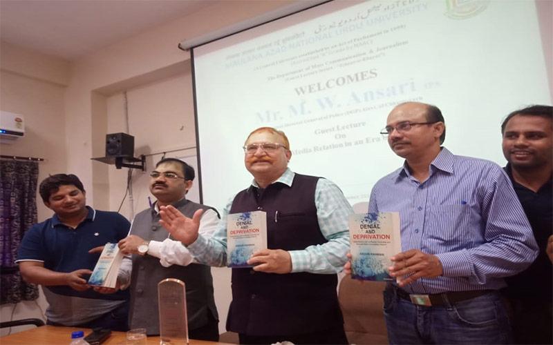 Become voracious readers beyond social media: Ex DGP Ansari