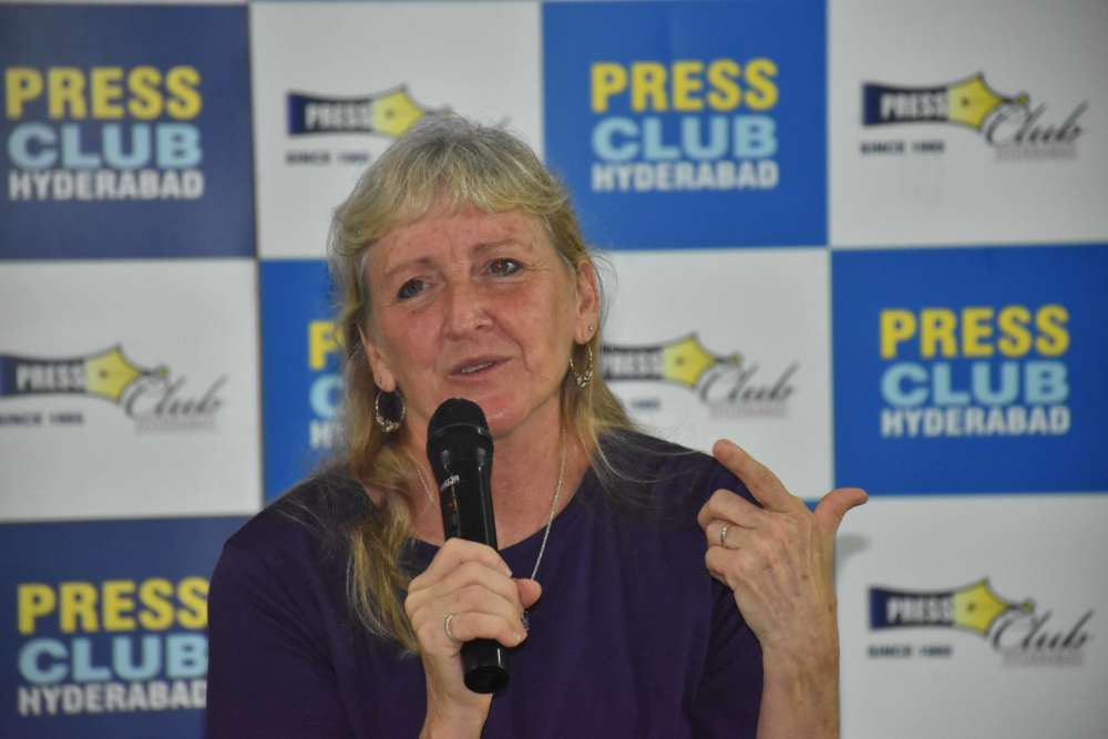 Hyderabad Photojournalists' interaction with Carol Guzy