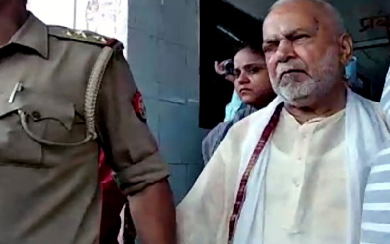 SIT rescuing Chinmayanand: Law student father