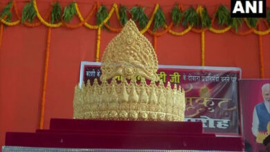 Photo of Gold crown offered at Varanasi temple on PM Modi's b'day