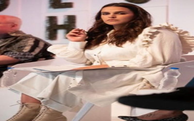 Neha Dhupia shares first pic of daughter Mehr on social media