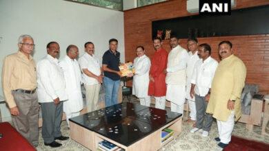 Photo of Nadda meets Rahul Dravid in Bengaluru