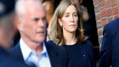 Photo of Felicity Huffman may serve sentence in a prison close to her residence