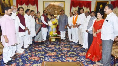 Photo of BJP leaders at Raj Bhavan