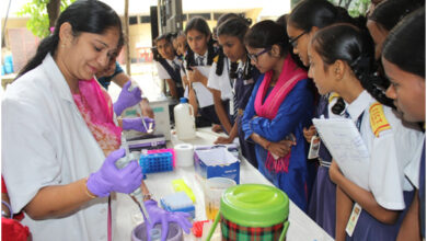 Photo of 9000 students, researchers visits CCMB on its 'Open-Day'
