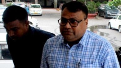 Photo of Narada scam: Ex-IPS officer Mirza is CBI's first arrest