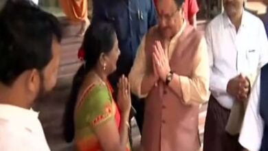 Photo of JP Nadda visits Swaminarayan Temple in Mumbai