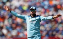 Sydney Sixers re-signs James Vince for BBL season nine
