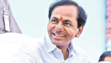 Photo of KCR greets Dr. T Soundararajam, Dattetreya