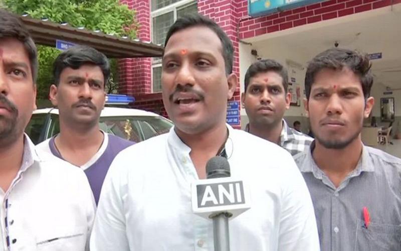 Check Aadhaar: Bajrang Dal to Garba, Dandiya organisers