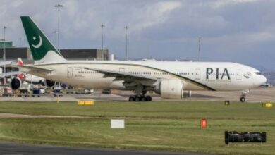 Photo of Jeddah-bound PIA flight makes emergency landing at Lahore airport